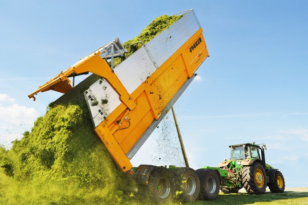 Transport XXL - największe przyczepy rolnicze