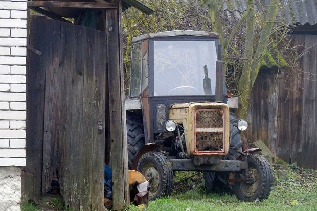 Nakrył złodzieja, który chciał ukraść ciągnik sąsiada
