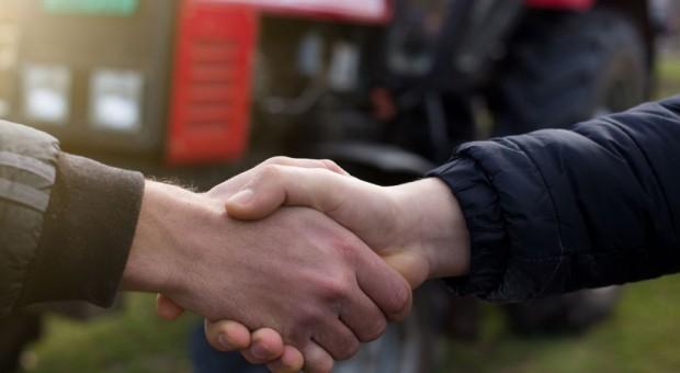 """W czerwcu przedstawimy pierwsze wnioski z posiedzeń """"Porozumienia Rolniczego"""""""