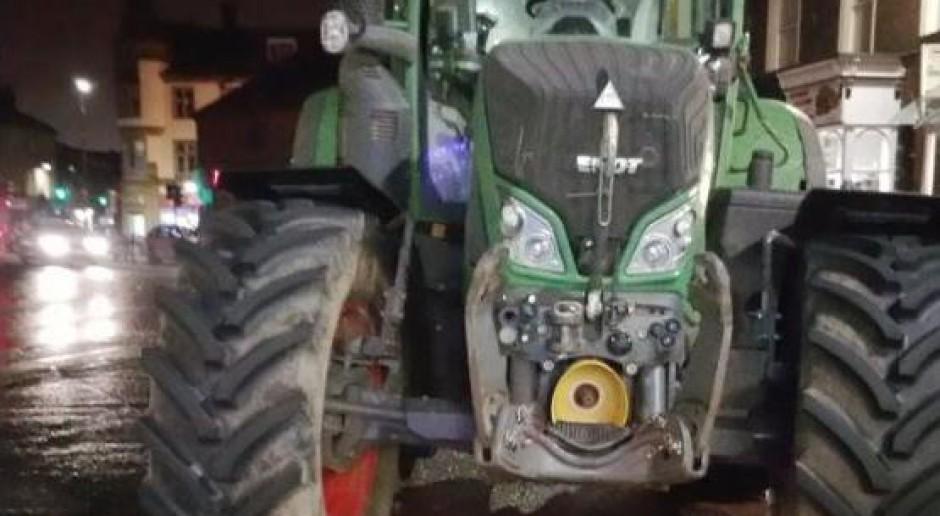 Traktorem pojechał po pizzę. Święta spędził na komisariacie