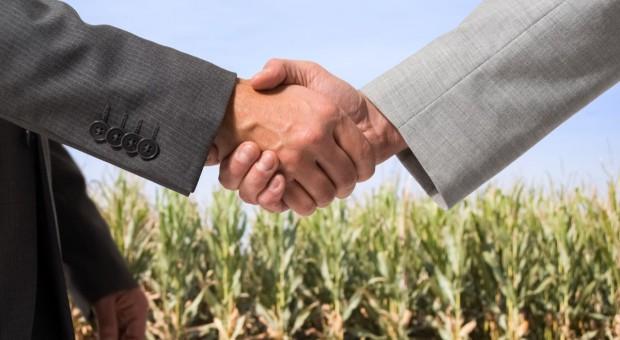 Kiedy ziemię może nabyć osoba nie będąca rolnikiem?
