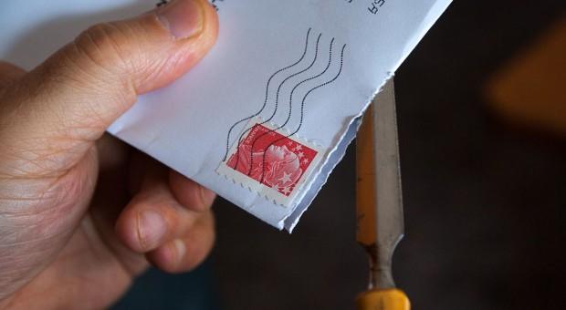 Co się stanie, jeśli wniosek o dopłaty bezpośrednie wpłynie do ARiMR pocztą?