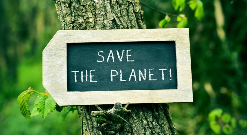 Protest Greenpeace na gmachu Ministerstwa Środowiska