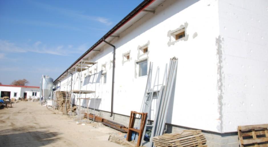Nie widać ułatwień dla powstawania budynków inwentarskich