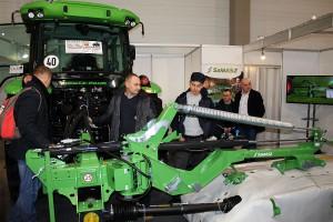 Na stoisku Samasz rolnicy mogli oglądać urządzenia do zbioru zielonki i ciągniki marki Deutzfahr.