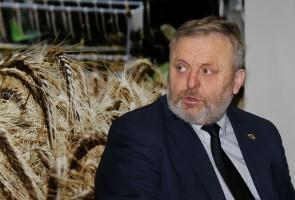 Wiktor Szmulewicz, prezes KRIR zapewniał, że rolniczym samorządom dobrze współpracuje się z obecnym rządem, który wykazuje wolę działania i zrozumienia.