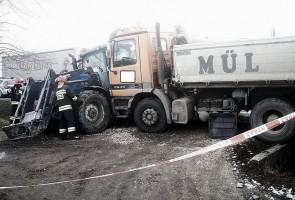 Na miejscu zdarzenia pracowało 15 strażaków z Włoszczowej, Jędrzejowa i Moskorzewa.