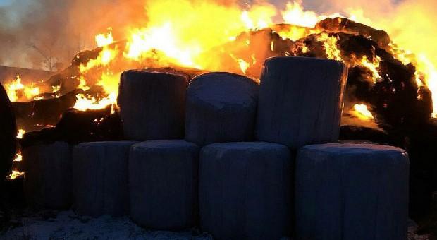 Podpalił siano - płonęły budynki
