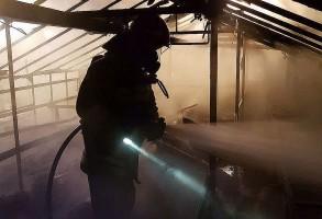 Nocny pożar szklarni pod Sandomierzem