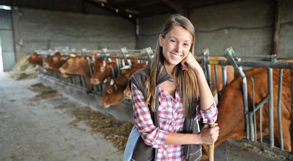 KE: Rośnie liczba gospodarstw prowadzonych przez kobiety