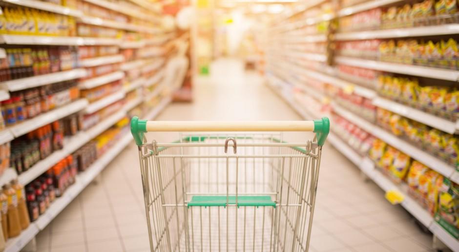W 2020 r. najbardziej zdrożały jabłka i mleko, potaniały warzywa, nabiał i używki