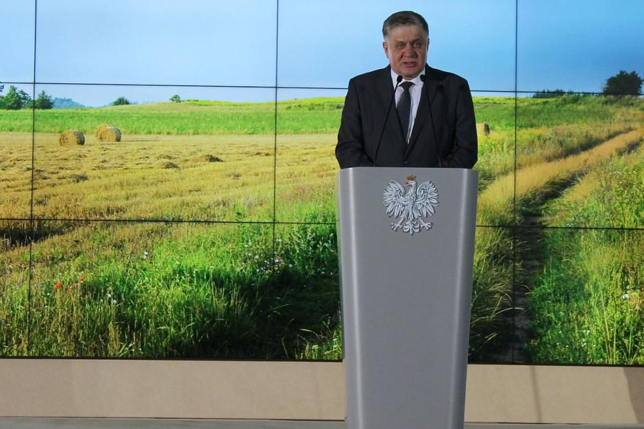 Krzysztof Jurgiel mówił o konieczności zsynchronizowania działań rządu i lokalnych samorządów dla rozwoju obszarów wiejskich i rolnictwa