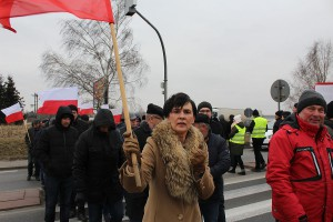 Wśród protestujących pod Ostrowem Wlkp. była Bożena Budzik, burmistrz gminy Nowe Skalmierzyce.