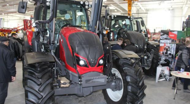 Niemcy: W lutym mniej rejestracji nowych traktorów
