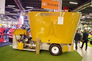Najmniejszy samojezdny wóz paszowy na Agrotechu