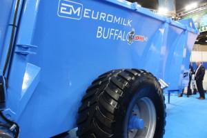 Skrzynie ładunkowe wszystkich rozrzutników Buffalo wykonane są ze stali stopowej o podwyższonej wytrzymałości na ścieranie i grubości 6mm, fot. ArT