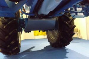 Kierowana oś na żyroskopie jest jedną z opcji wyposażenia maszyny