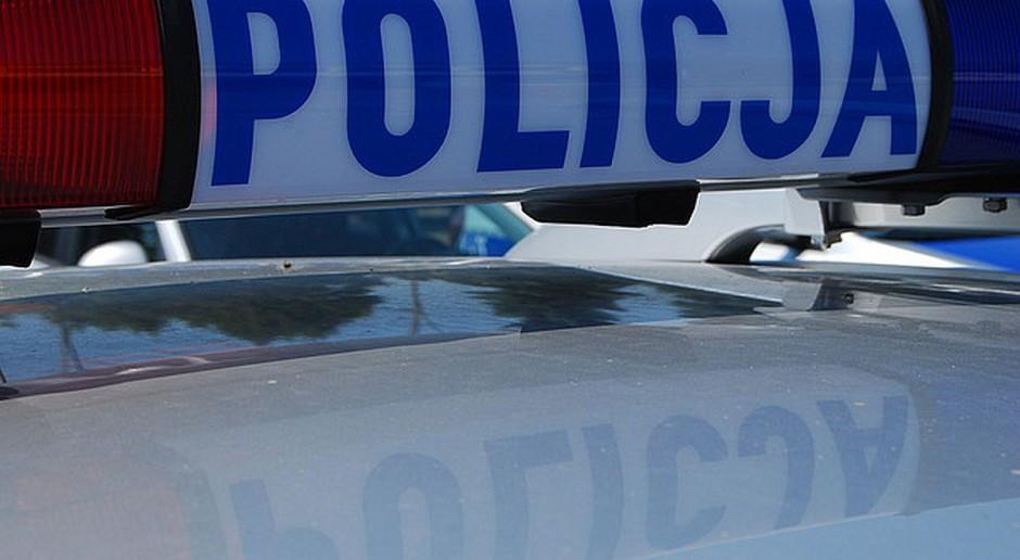 Włamywacz uciekał przed policją skradzionym wozem strażackim