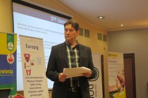 Carl Laugesen duński producent prosiąt dzielił się ze swoimi obawami z polskimi rolnikami, podczas konferencji zorganizowanej przez firmę Europig