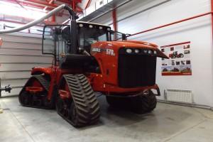 W zakładzie montowane są również największe gasienicowe traktory marki Versatile