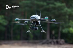Dron 4-wirnikowy Ogar produkcji gliwickiej firmy Novelty RPAS, wykorzystywany m.in. przez firmę Agrocom Polska