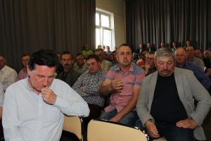 Spotkanie rolników z posłem przerodziło się w gorąca debatę o najpilniejszych problemach polskiego rolnictwa.
