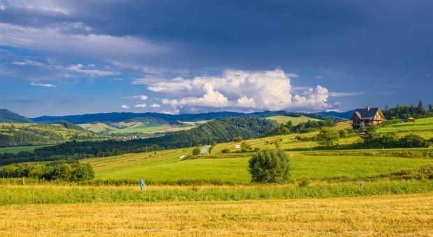 Małopolskie: Ponad 76,5 mln zł z PROW na scalanie gruntów rolnych