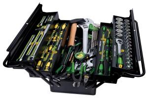 Skrzynka narzędziowa dostępna w ramach promocji dla modeli 5G, 5M, 5R, 6MC/RC, 6M