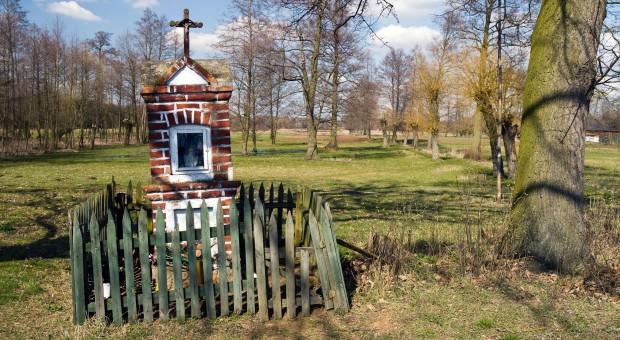Małopolska: 75 zabytkowych kapliczek zostanie w tym roku odnowionych