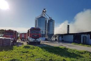 Z pożarem walczyło około 100 strażaków z czterech powiatów. Foto: OSP Objezierze