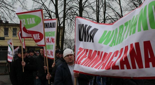 Unia Warzywno-Ziemniaczana znów wyjdzie na drogi. Protesty od środy - do skutku