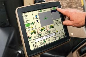 Monitor GreenStar 2630 daje duże możliwości nie tylko w prowadzeniu i obsłudze maszyn, ale także w zapisie danych