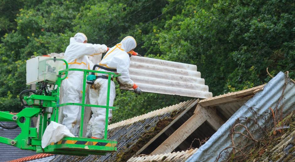 Dolnośląskie: Ponad 3 mln dotacji dla samorządów na usuwanie azbestu