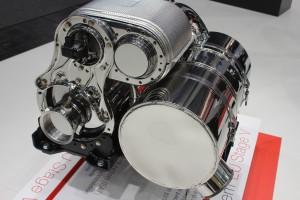 Taki moduł oczyszczania spalin łączący różnego rodzaju filtry znajduje się pod maską niemal każdego ciągnika. Ich żywotność w dużej mierze zależy od jakości stosowanych płynów i materiałów eksploatacyjnych oraz częstotliwości ich wymiany