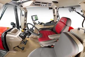 Zmiany w limitowanej edycji modeli Maxxum dotyczą przede wszystkim wnętrza kabiny