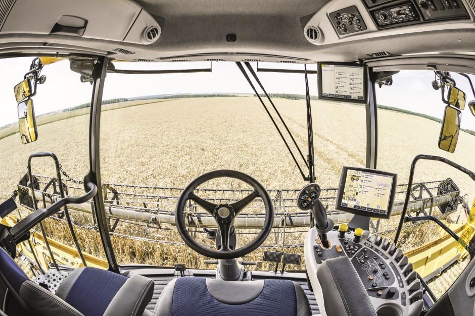 Klimatyzacja w upalne dni to wybawienie zarówno dla operatora jak i elektroniki maszyny; fot. mat. prasowe