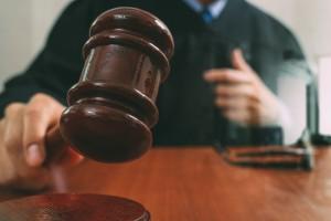 Sąd oddalił apelację o przywrócenie do pracy b. prezesa stadniny w Michałowie