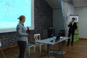 """Fenja Asmussen i Michał Pepka z Saaten Union w trakcie prezentacji wykładu pod tytułem """"Żyto mieszańcowe – multitalent z przyszłością"""", fot. ArT"""