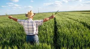 Kiedy rolnik może swobodnie sprzedać nieruchomość rolną?