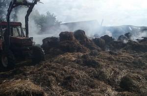 Strat  po pożarze jeszcze nie oszacowano, le wiadomo że są znaczne.