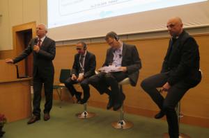 Prelegenci pierwszej sesji (od lewej) prof. Zygmunt Pejsak, Enrice Marco, Francesco Berlingeri z Komisji Europejskiej i Piotr Barszcz z GIW