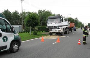 W opinii policji i inspektorów transportu drogowego zawinił kierowca ciężarówki