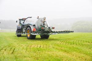System przeciw wyciekaniu - Twist ma zapewnić podnoszenie rampy na drodze zapobiegając wyciekaniu gnojowicy, a na polu jej stratom podczas manewrów, fot. materiały prasowe