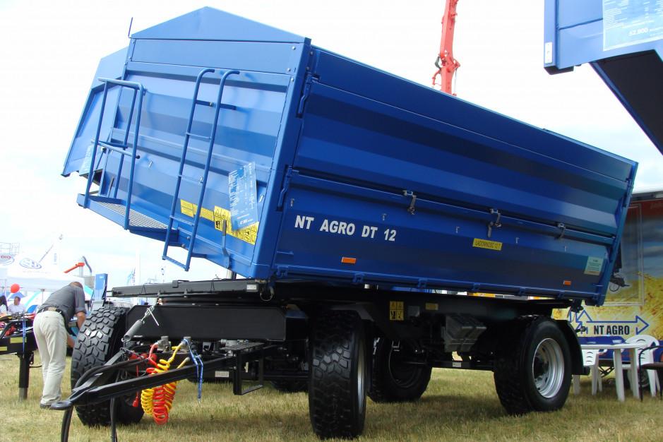 Przyczepa NT Agro DT 12 o ładowności 12 ton i pojemności skrzyni 15,6 m3 - 47900 zł netto, fot. ArT