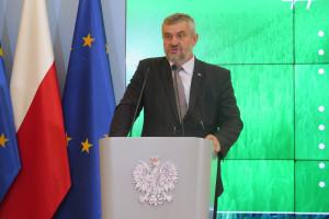 Minister rolnictwa: Nie będzie płotu przed dzikami