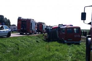 Droga krajowa była przez kilka godzin zablokowana. Foto: OSP Stary Laskowiec