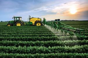 John Deere: systemy zwiększające skuteczność oprysku