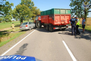 Z powodu wypadku droga krajowa została na kilka godzin częściowo zablokowana.
