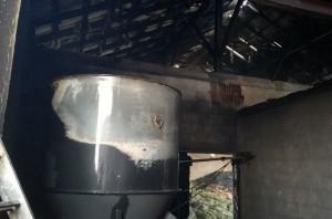 Pożar zniszczył więźbę dachową i wyposażenie obiektów
