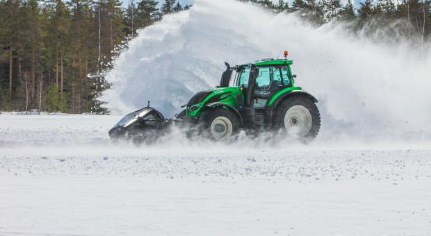 Ponad 73 km/h zimą pojechała autonomiczna Valtra